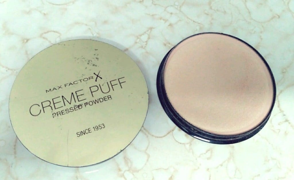 Max Factor Tempting Touch Pressed Powder 56 Review 3