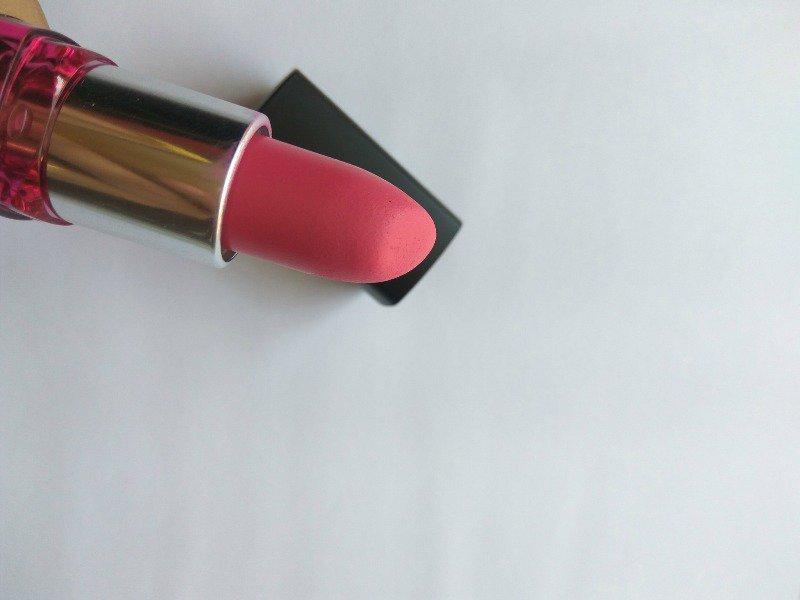 Maybelline Color Show Bright Mattes Lipstick Merry Fuchsia 1