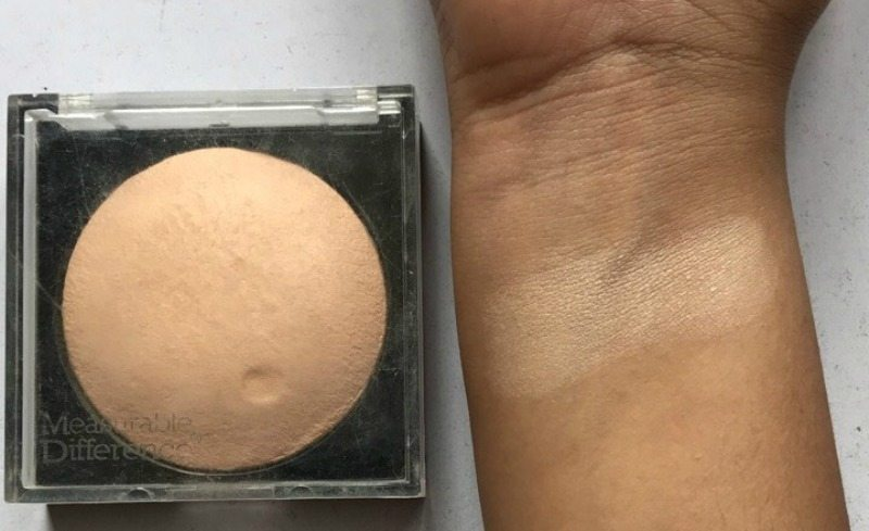 Measurable Difference Baked Face & Body Highlighter Review 2