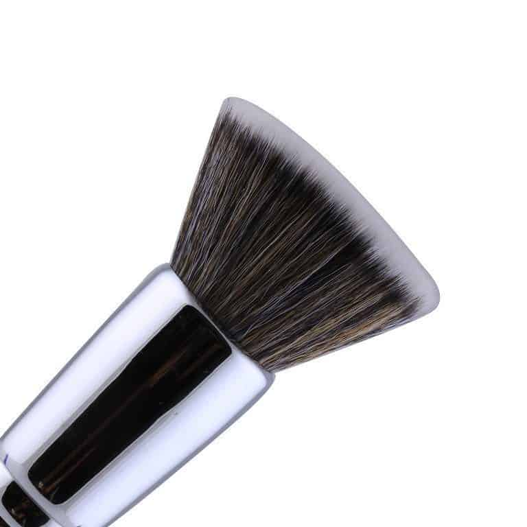 Different Types of Makeup Brushes and Their Uses 9