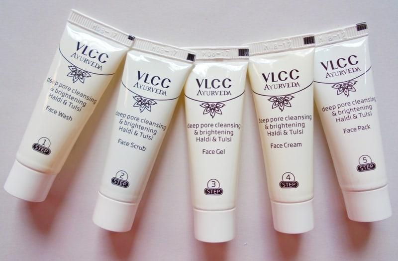 VLCC Ayurveda Deep Pore Cleansing & Brightening Haldi & Tulsi Facial Kit Review 4