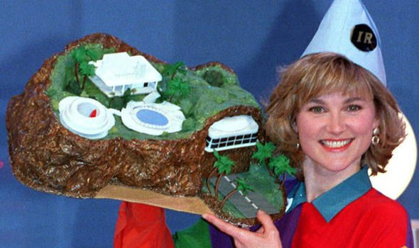 BLUE PETER TURNS 60 – TRY A RETRO ADVENTURE IN YOUR HOME