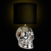 Yorick Skull Table Lamp