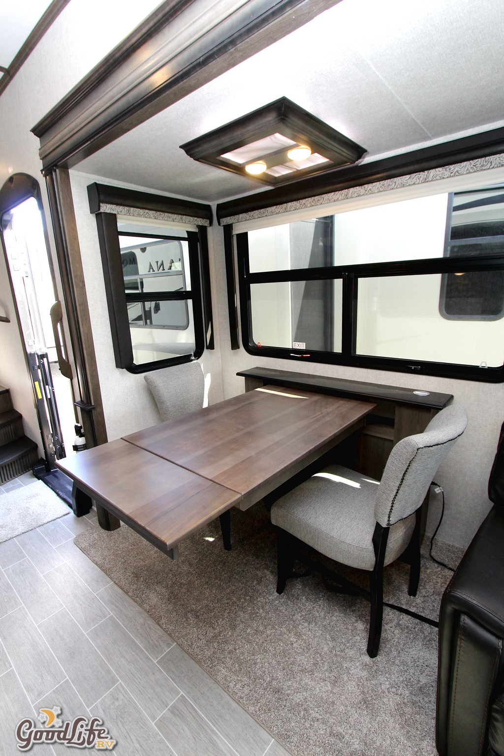 2020 Keystone Montana 3121RL Fifth Wheel  Good Life RV