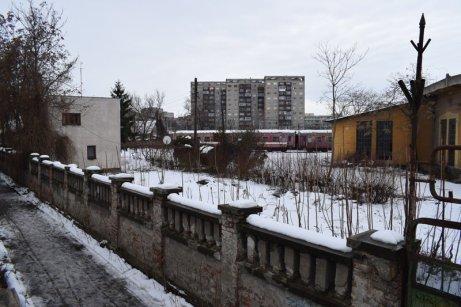 gard și tren