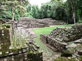 Las Sepulturas Copan Ruinas.