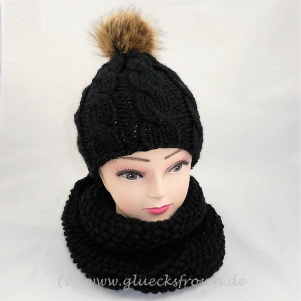 Mütze und Schal in schwarz