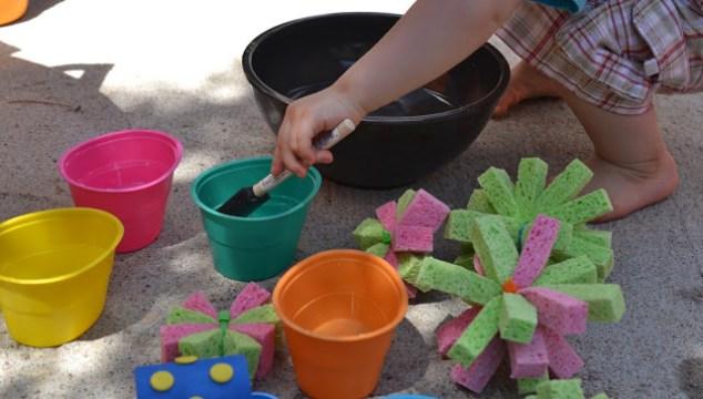DIY Sponge Balls & Painting With Water