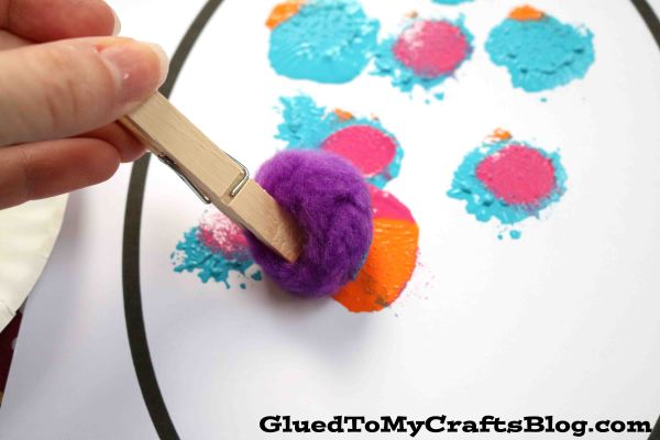 Pom Pom Polka Dot Eggs - Kid Craft