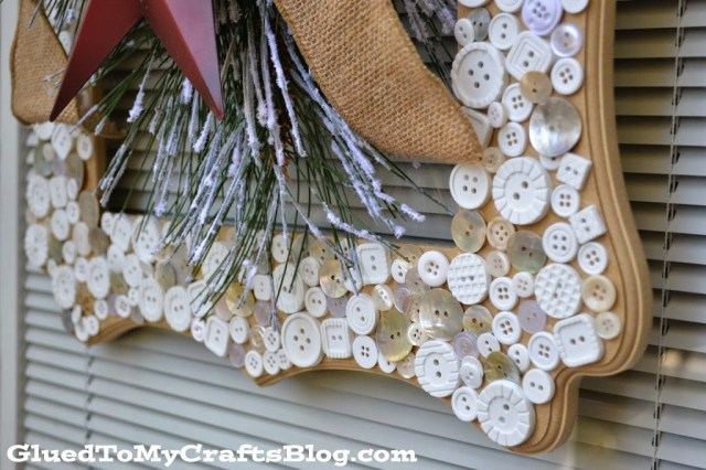 Picture Frame Wreath {Craft}
