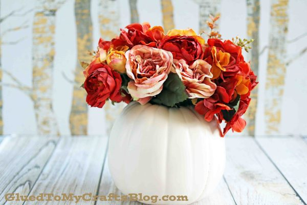 No-Fuss Pumpkin Floral Arrangement