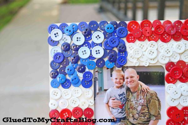 DIY Button Flag Wooden Frame