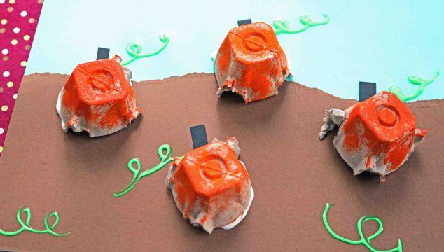 Egg Carton Pumpkin Patch – Kid Craft