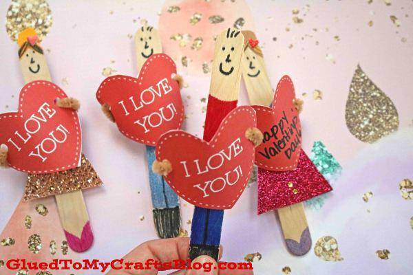 "Valentine ""I Love You"" Puppet Friends"