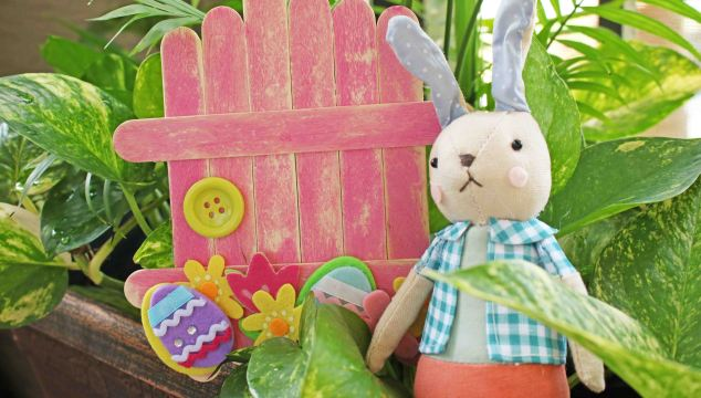 Popsicle Stick Easter Bunny Door - Kid Craft Idea