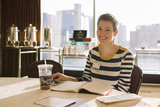 18 tips on how to love a successful career woman