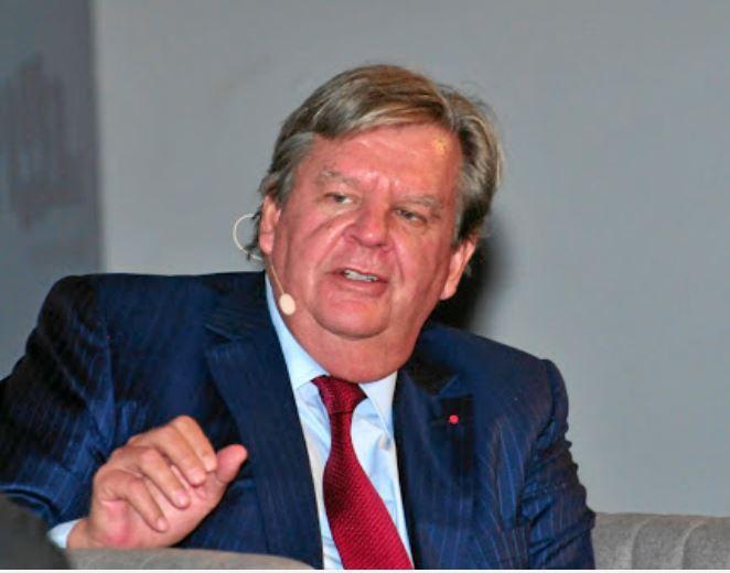 top 10 richest men in Africa, Johann Rupert & family.