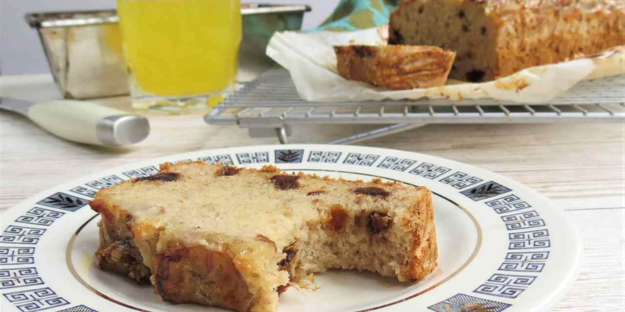 Banana and Date Loaf | gluten free and vegan by Glutarama