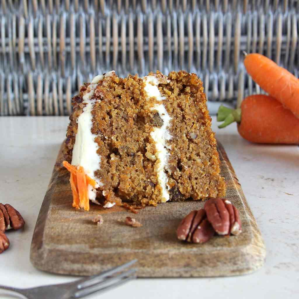 slice-carrot-cake-gf