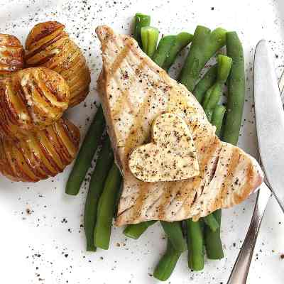 Grilled Tuna Steak (with Seaweed Butter) – Easy & Delicious