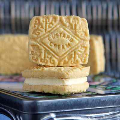 Custard Creams – A gluten free recipe