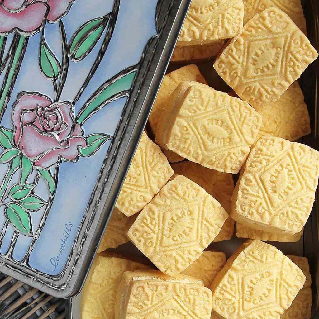 home-baked-custard-creams