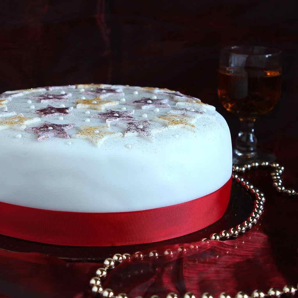 easy-star-christmas-cake