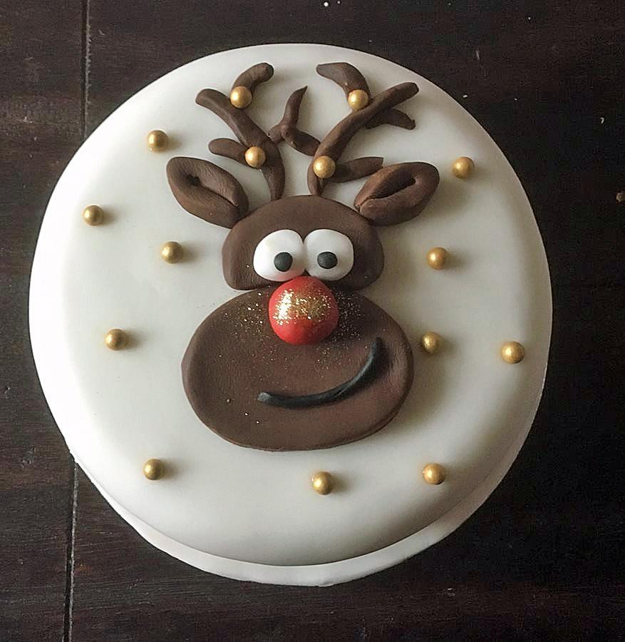 christmas-rudolph-cake-the-craft-blog
