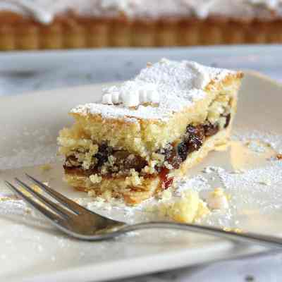 Frangipane Mince Pies Tart (with Gluten Free Orange pastry)