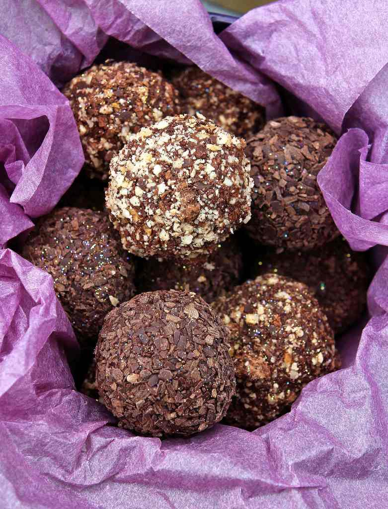 homemade-chocolate-truffles