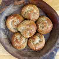gluten-free-cheese-bread-artisan-rolls