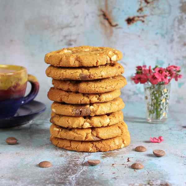 Peanut Cookies with Chocolate Chips – One Bowl Easy Recipe