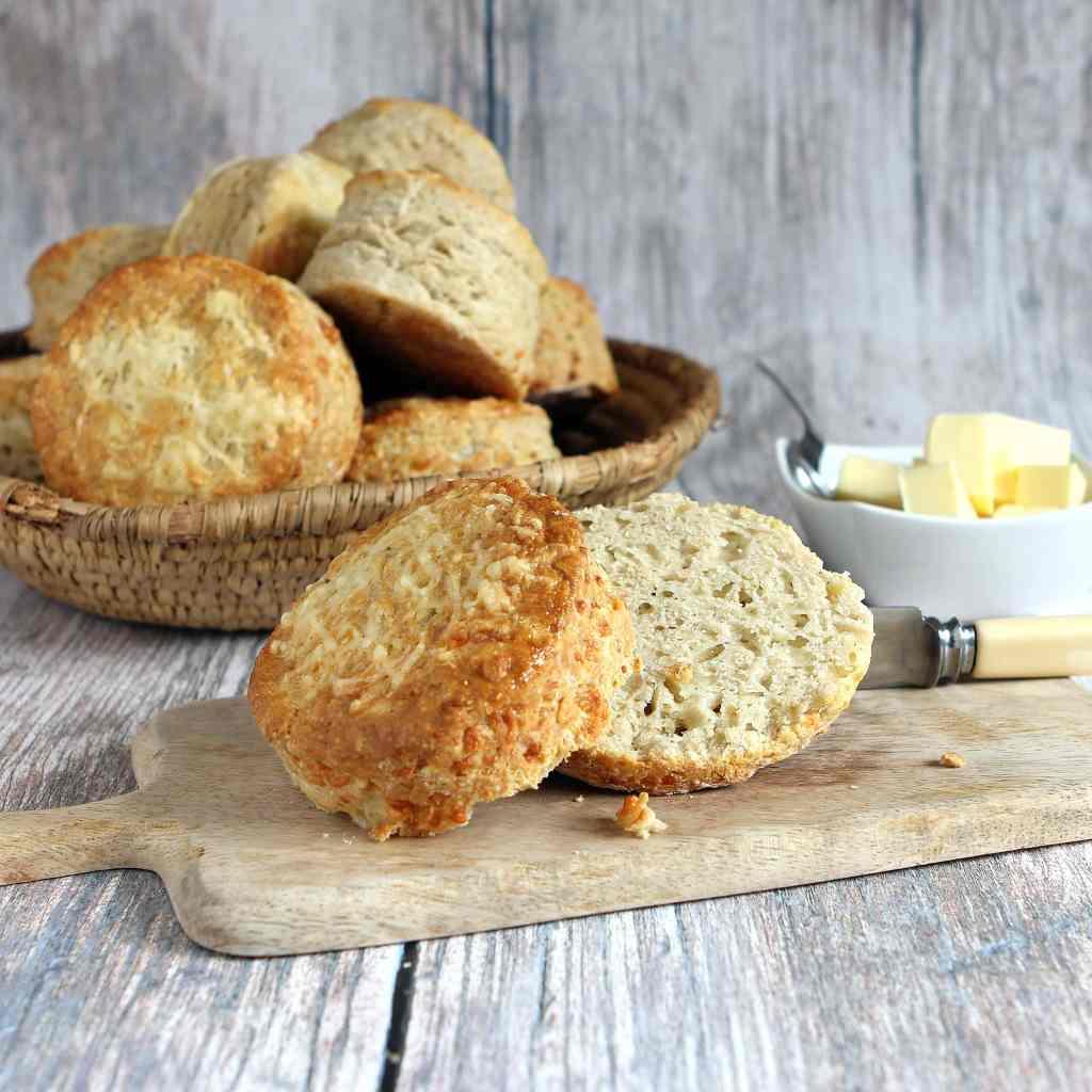 sliced-gluten-free-cheese-scone