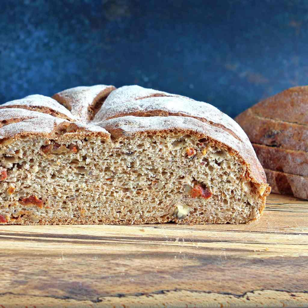 walnut-sundried-tomato-bread-gluten-free