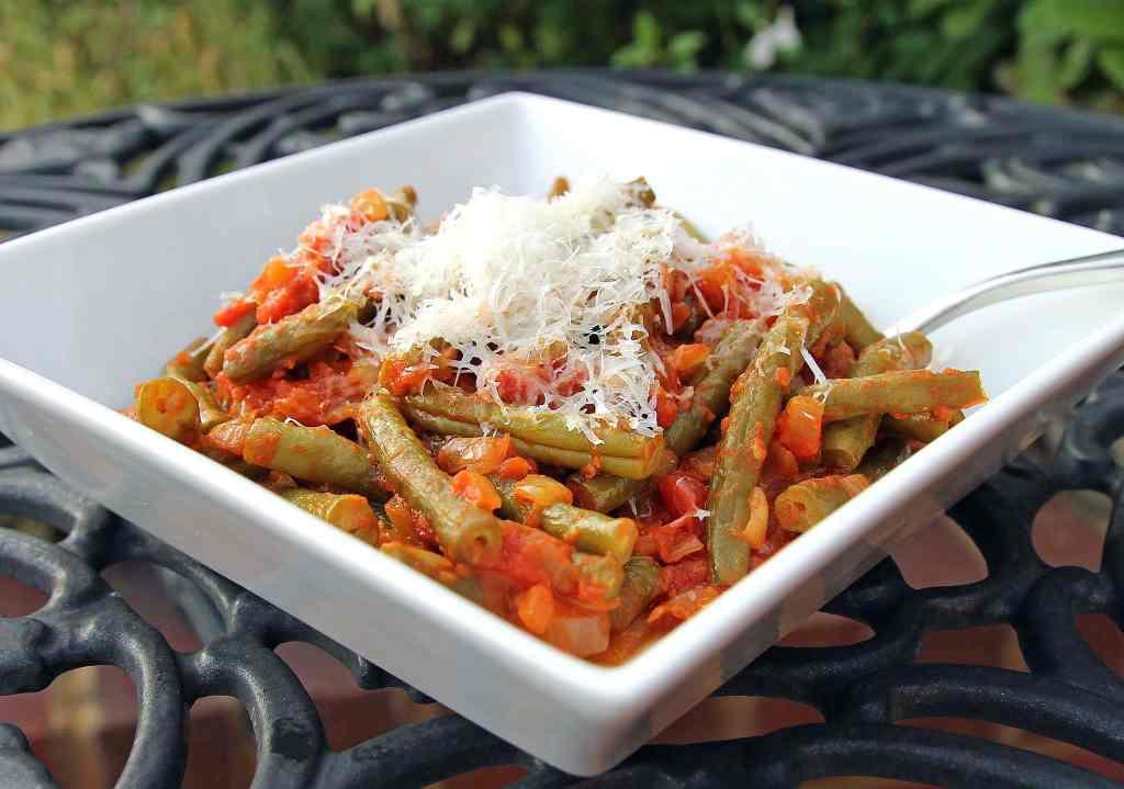 italian-green-beans-tomatoes
