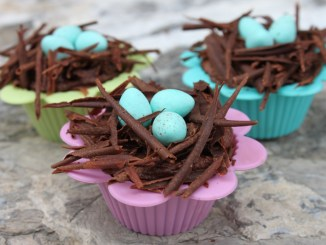 Spring Bird Nest Cupcakes1