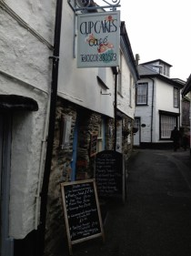 adventures of a gluten free globetrekker Cupcakes Café, Port Isaac, Cornwall Cornwall Gluten Free Travel UK