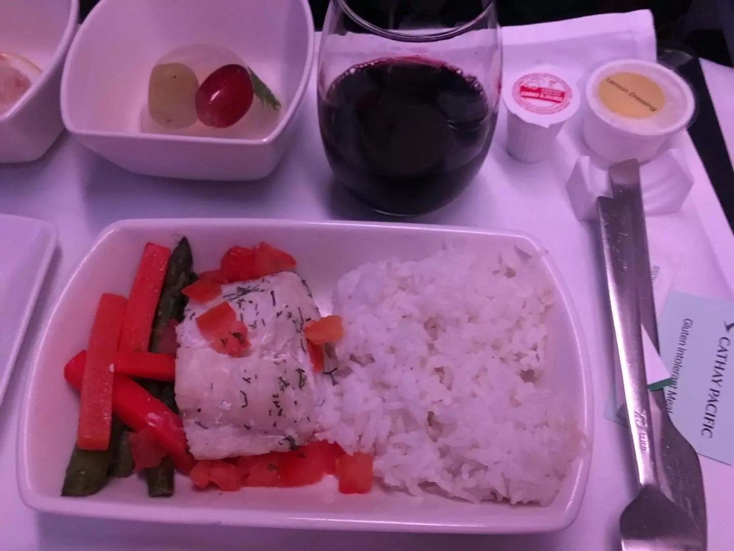 gluten dinner bread Cathay Pacific Business Class