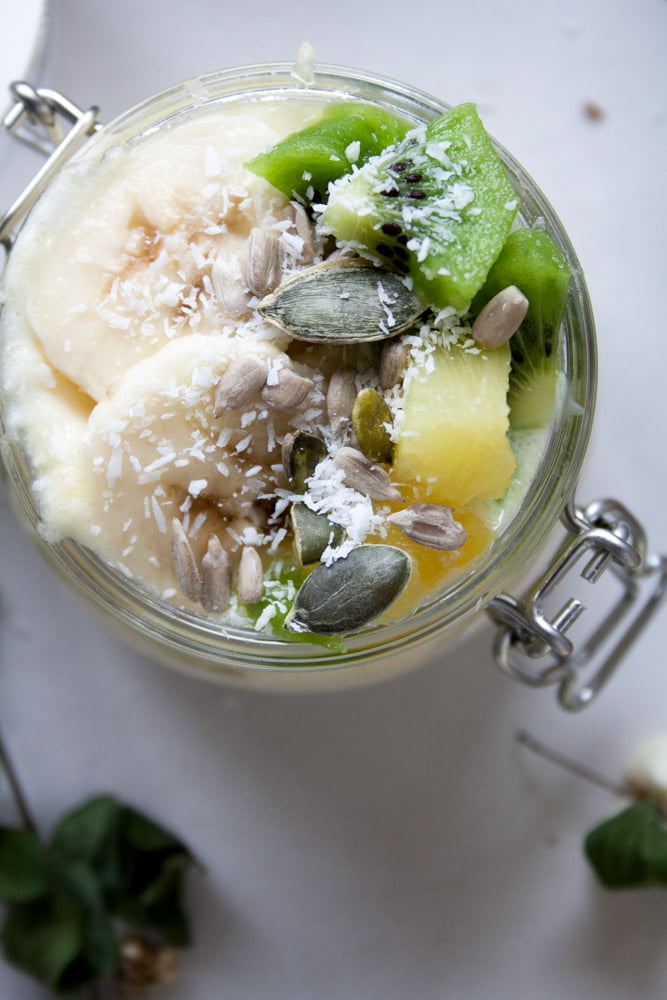 Low FODMAP Tropical Overnight Oats. Like eating refreshing, filling and nutritious ice-cream for breakfast! Plus It's easy to digest and simple to make.