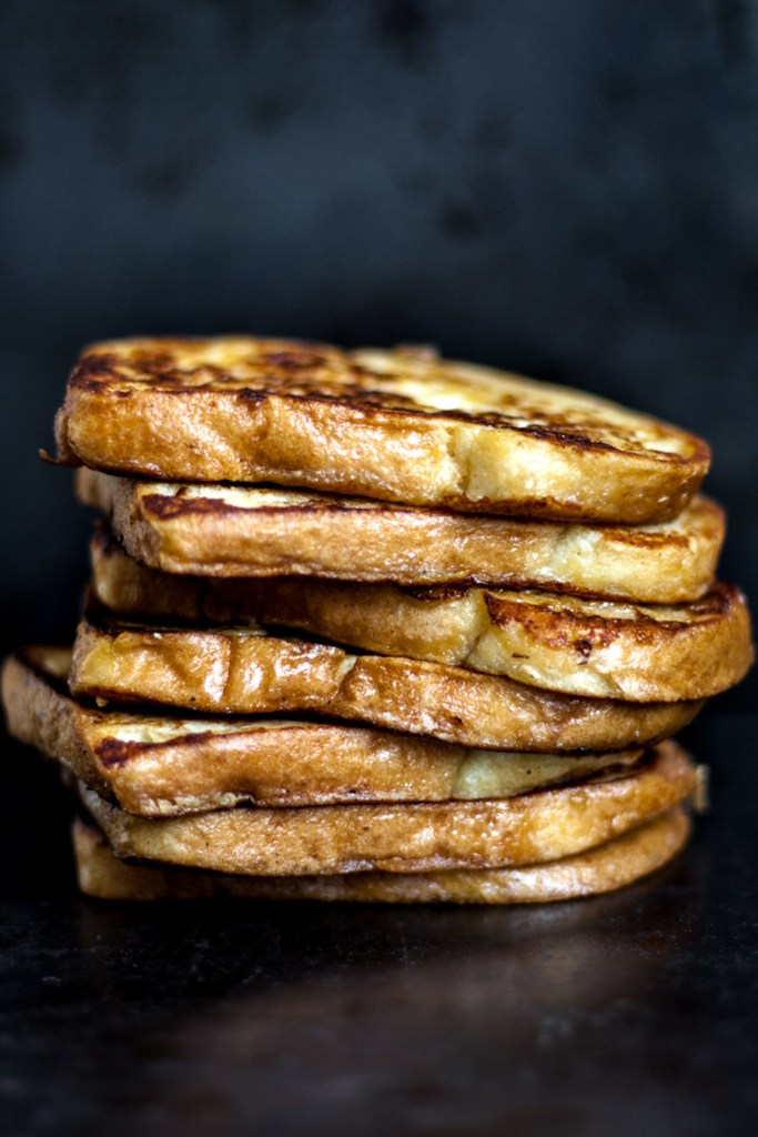 This Low FODMAP French Toast is super flavorful and buttery. Crispy on the outside and tender on the inside. Perfect speedy and delicious breakfast.