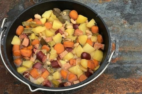 Dutch Oven Kartoffeleintopf