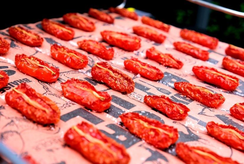 Getrocknete Tomaten im Smoker