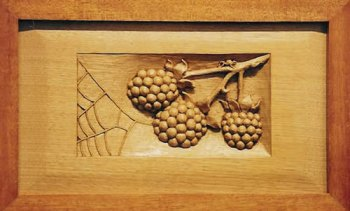 Berries & Web decorative plaque
