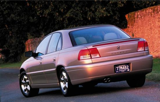 2001-Cadillac-Catera-Sedan-Image-02-1024