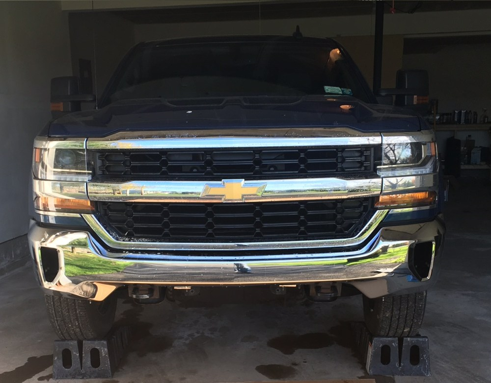 medium resolution of chevy colorado 2014 2016 newer front bumper removal 2014 2018 chevy