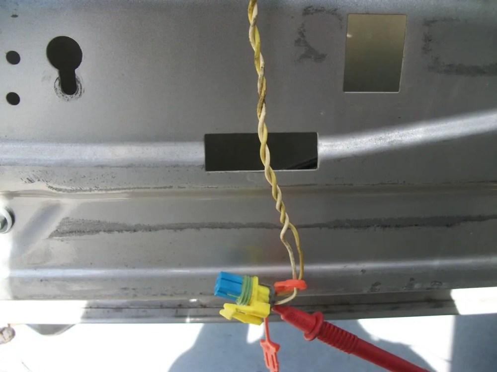 medium resolution of 2004 yukon xl slt b0077 side impact sensor wire failure jpg