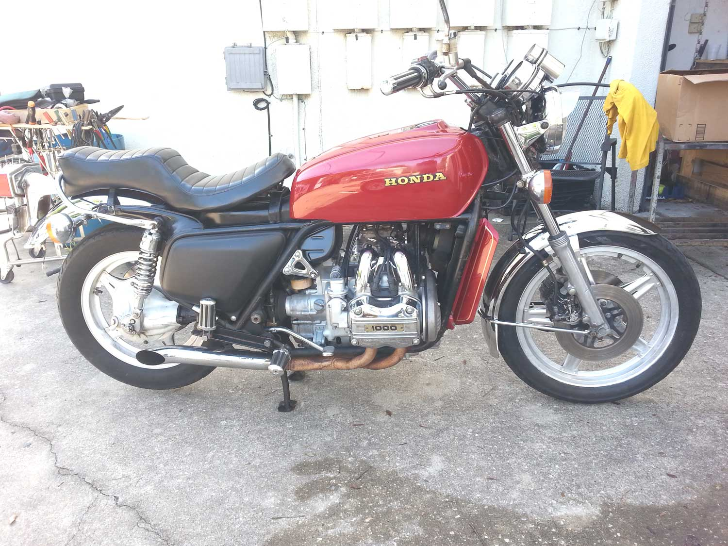 Red-GL1000-first-out-4
