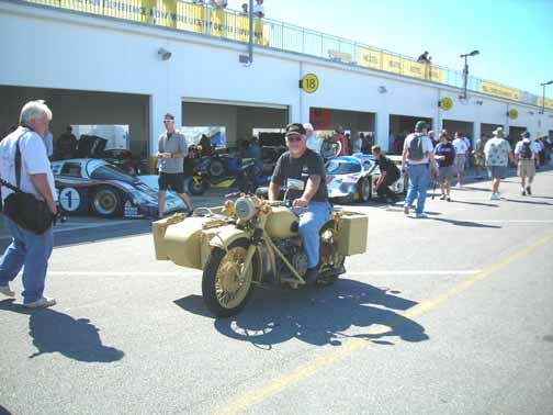 CJ-Daytona-pit-5