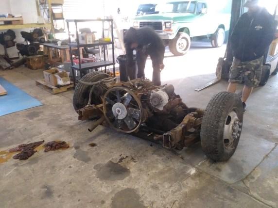 Red Neck motor pull 22