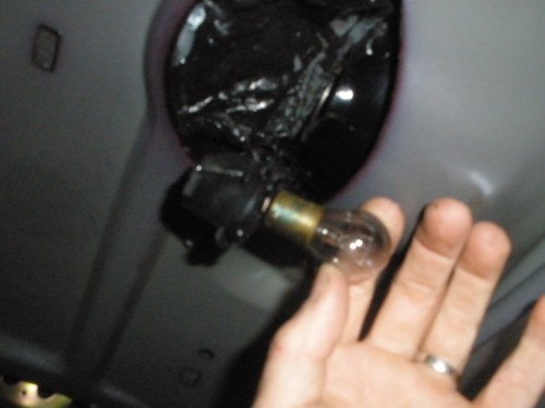 small resolution of now insert new bulb and twist put socket back in and twist clockwise